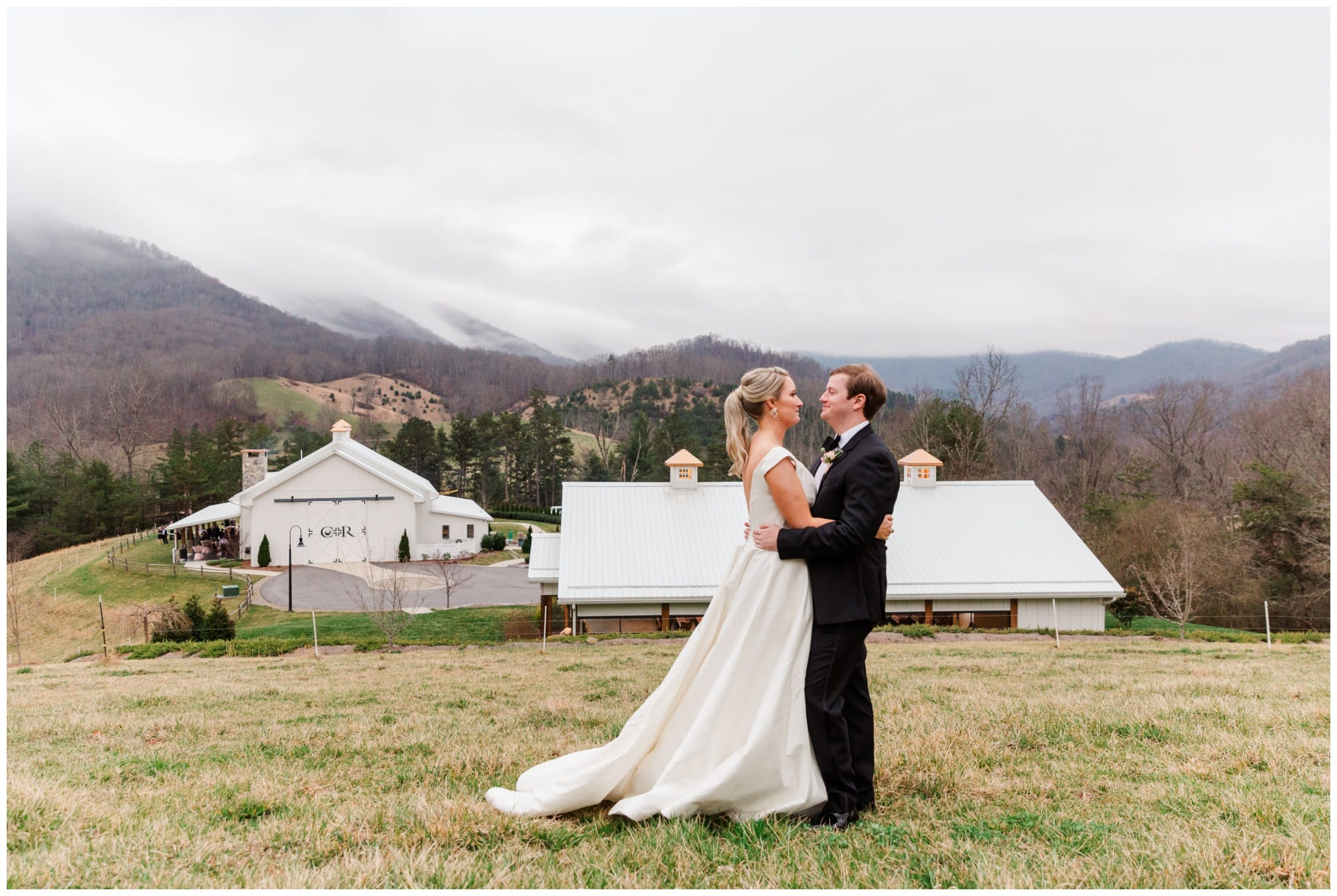 Mountain view wedding venue in Canton NC
